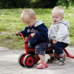 Winther MINI VIKING Rutsch Dreirad für zwei (Kinderfahrzeug | 1-3 Jahre | 8600432)